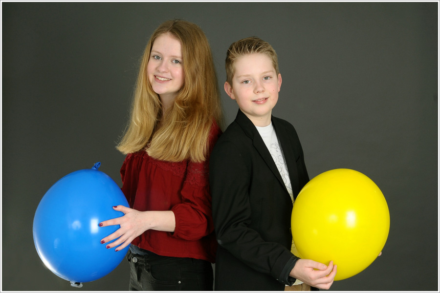 Kinderfotografie - Fotograf Giessen - Kinder mit Luftballoons