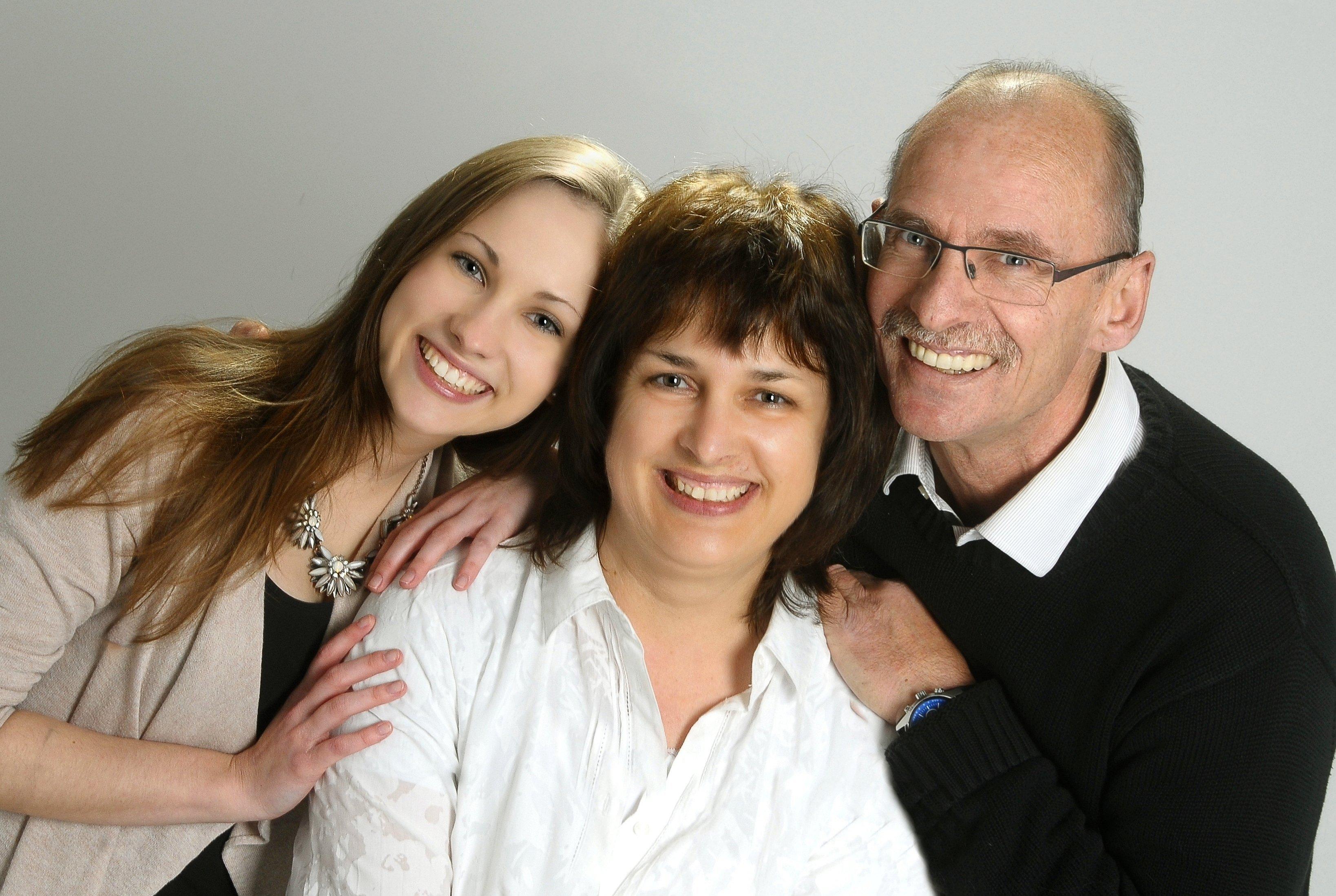 Sie sehen ein Familienfoto der Fotowerkstatt Lich - ihrem Profifotograf bei Giessen